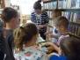 Druháci v knihovně